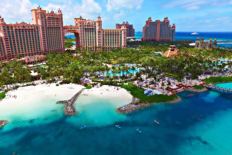 10 Best Places to Visit in the Bahamas – The Ultimate Tropical Experience